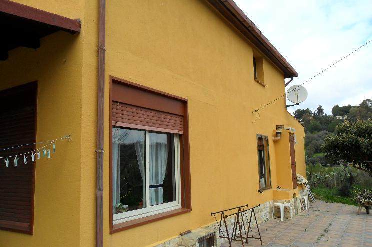 Villa, Periferia, Caltanissetta, abitabile
