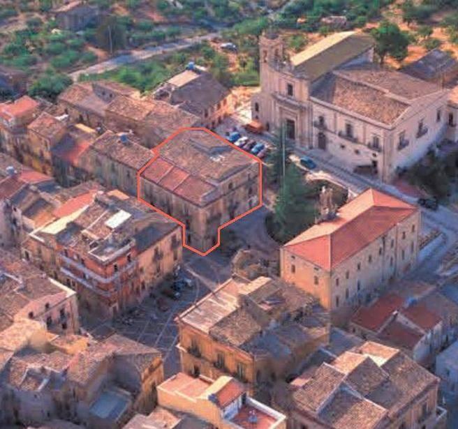 Palazzo-stabile  in Vendita a Comitini