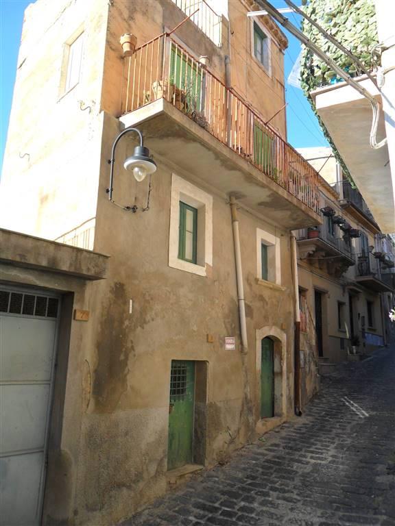 Palazzo-stabile Vendita Agira