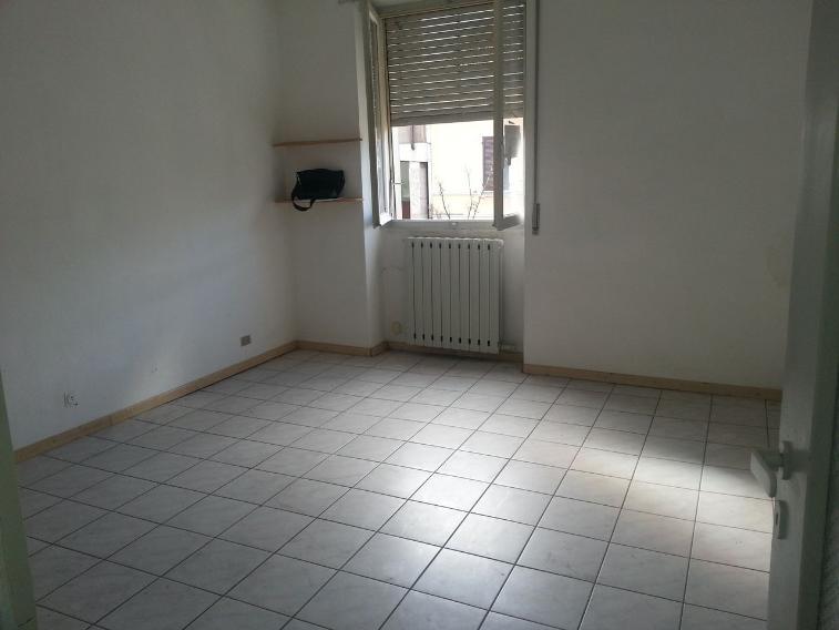 Ufficio / Studio in affitto a Casalpusterlengo, 2 locali, prezzo € 275 | Cambio Casa.it