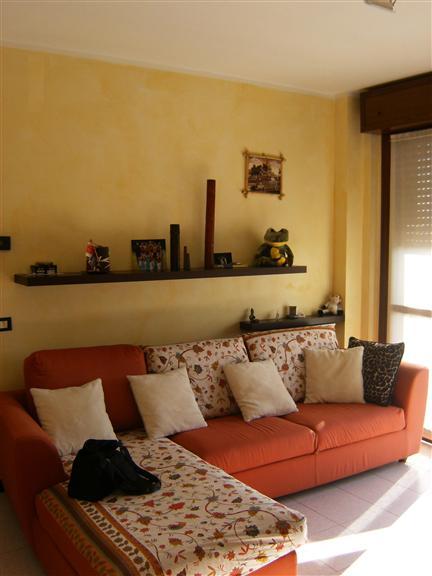 Appartamento in affitto a Senna Lodigiana, 3 locali, prezzo € 350 | Cambio Casa.it