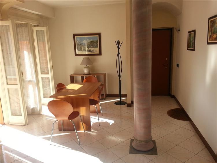 Appartamento in vendita a Casalpusterlengo, 3 locali, prezzo € 95.000 | Cambio Casa.it