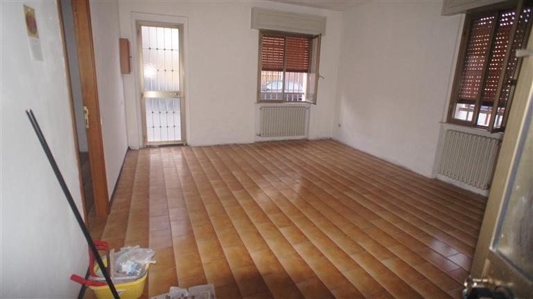 Soluzione Semindipendente in affitto a Casalpusterlengo, 4 locali, zona Zona: Zorlesco, prezzo € 390   Cambio Casa.it