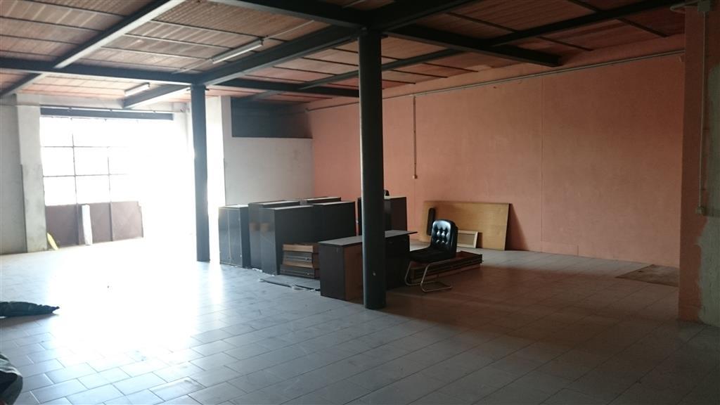 Magazzino in vendita a Orio Litta, 2 locali, prezzo € 120.000 | Cambio Casa.it