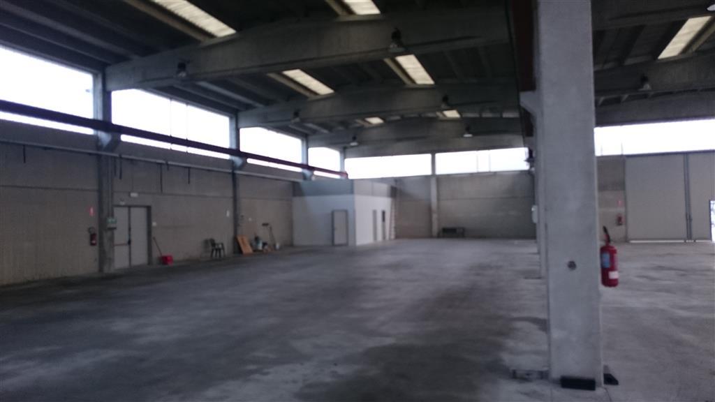 Capannone in vendita a Somaglia, 1 locali, prezzo € 650.000 | Cambio Casa.it