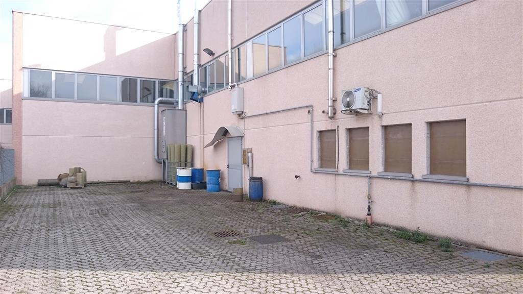Capannone in vendita a Guardamiglio, 9999 locali, prezzo € 240.000 | Cambio Casa.it