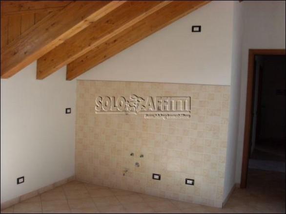 Appartamento in affitto a Crespiatica, 2 locali, prezzo € 300 | Cambio Casa.it