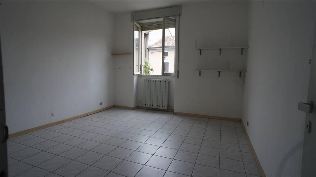 Ufficio / Studio in affitto a Casalpusterlengo, 2 locali, prezzo € 250 | Cambio Casa.it