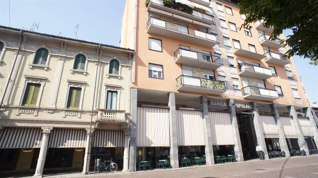 Appartamento in vendita a Casalpusterlengo, 3 locali, prezzo € 45.000 | Cambio Casa.it