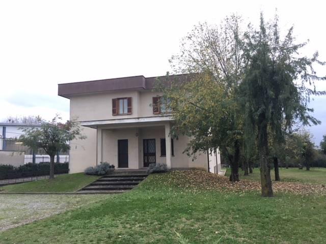 Villa-Villetta Vendita Casalpusterlengo