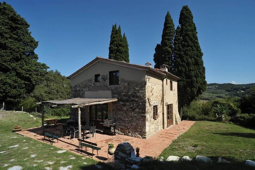 Rustico / Casale in vendita a Calenzano, 6 locali, zona Zona: Croci di Calenzano, Trattative riservate | Cambio Casa.it