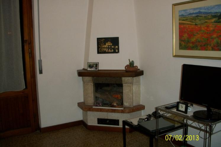 Appartamento in vendita a Arezzo, 4 locali, zona Località: SAN DONATO, prezzo € 130.000   Cambiocasa.it