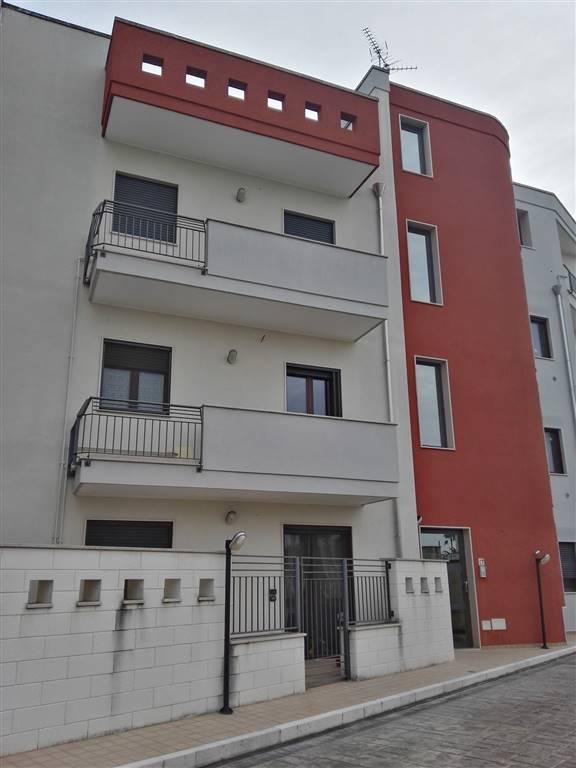 Appartamento in vendita a Lizzanello, 3 locali, zona Località: MERINE, prezzo € 92.000   Cambio Casa.it