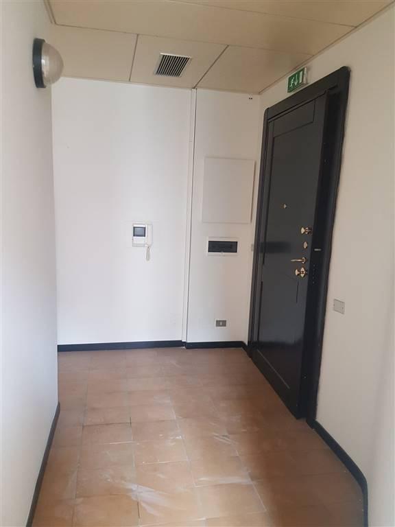 Ufficio / Studio in affitto a Lecce, 3 locali, zona Località: PIAZZETTA VERDI, prezzo € 550 | Cambio Casa.it