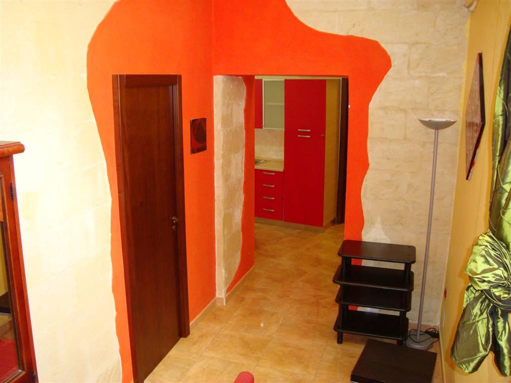 Appartamento in affitto a Lecce, 2 locali, zona Zona: Centro storico, Trattative riservate | Cambio Casa.it