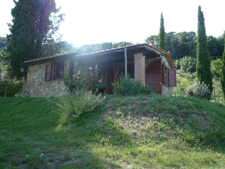 Rustico casale, Sassa, Montecatini Val Di Cecina, in ottime condizioni