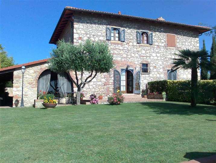 Villa in vendita a Casale Marittimo, 8 locali, Trattative riservate | CambioCasa.it