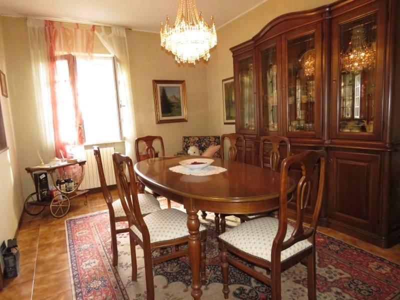 Villa in vendita a Riparbella, 10 locali, prezzo € 850.000 | Cambio Casa.it