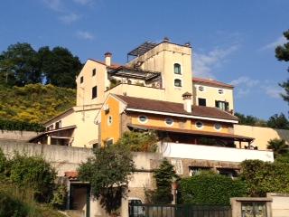 Appartamento in vendita a Salerno, 5 locali, zona Zona: Torrione,  | Cambiocasa.it