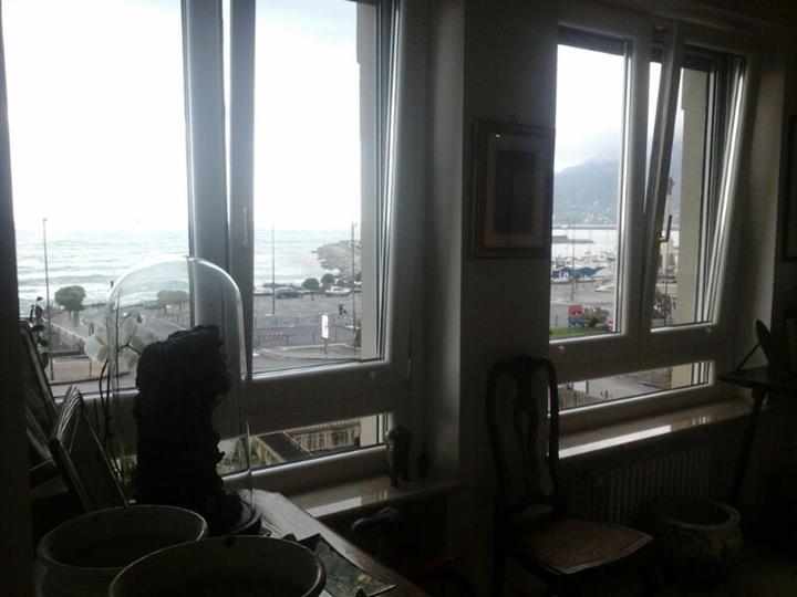 Appartamento in vendita a Salerno, 5 locali, zona Zona: Centro,  | Cambiocasa.it