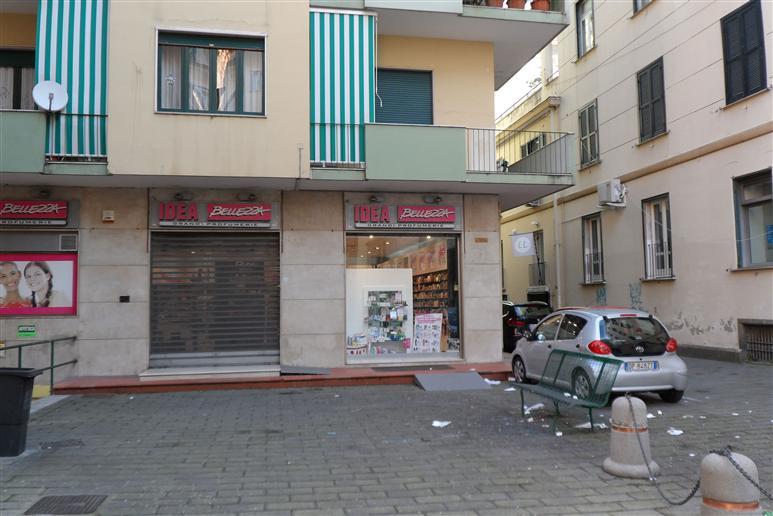 Box / Garage in vendita a Salerno, 1 locali, zona Zona: Centro, prezzo € 200.000 | Cambiocasa.it