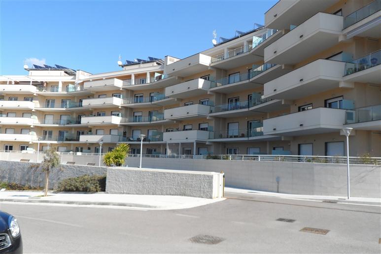 Attico / Mansarda in vendita a Salerno, 4 locali, zona Zona: Brignano, prezzo € 450.000 | Cambiocasa.it