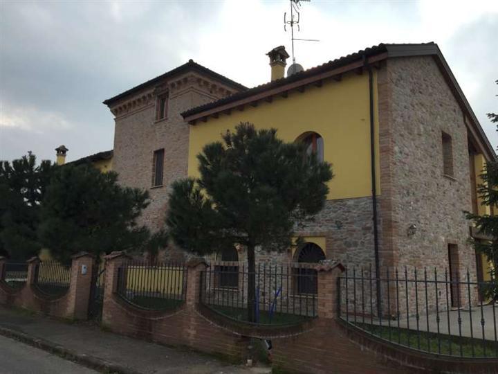 Foto - Villa In Vendita Fiorenzuola D'arda