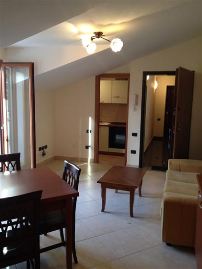 Caserta annunci immobiliari di case e appartamenti nella for Affitto caserta arredato