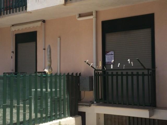 Appartamento in vendita a Cinisi, 3 locali, prezzo € 130.000 | Cambio Casa.it