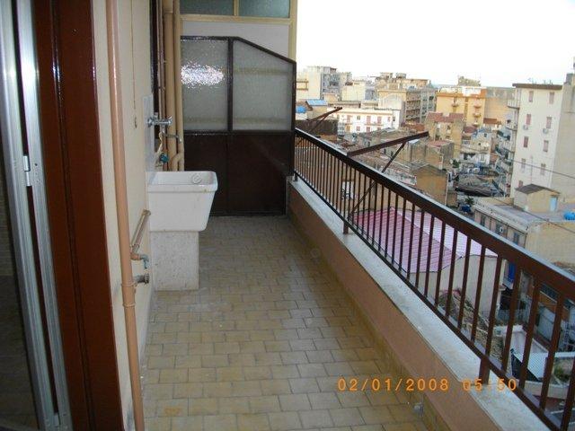 Appartamento in affitto a Palermo, 2 locali, prezzo € 350 | Cambio Casa.it