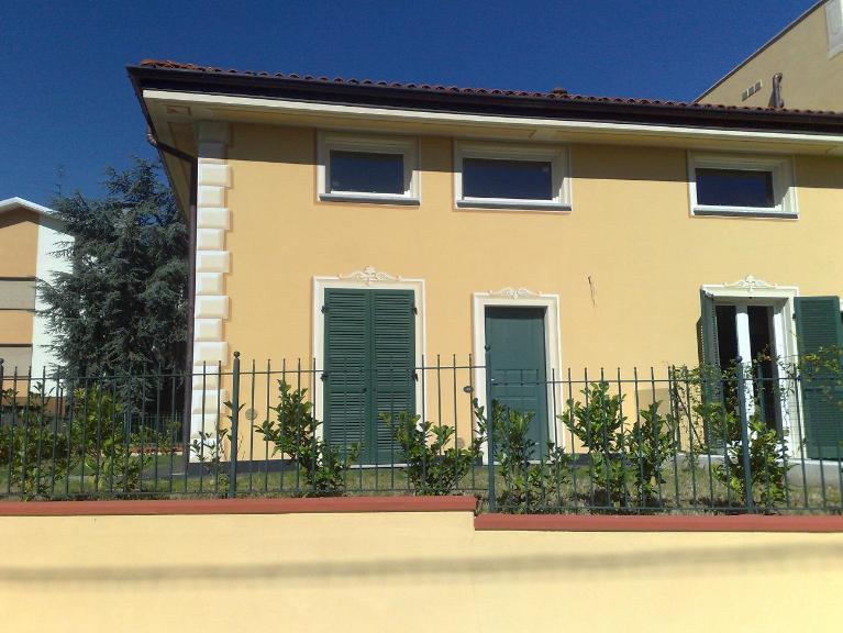 Villa in Via Gaggiolo  1, Oleggio