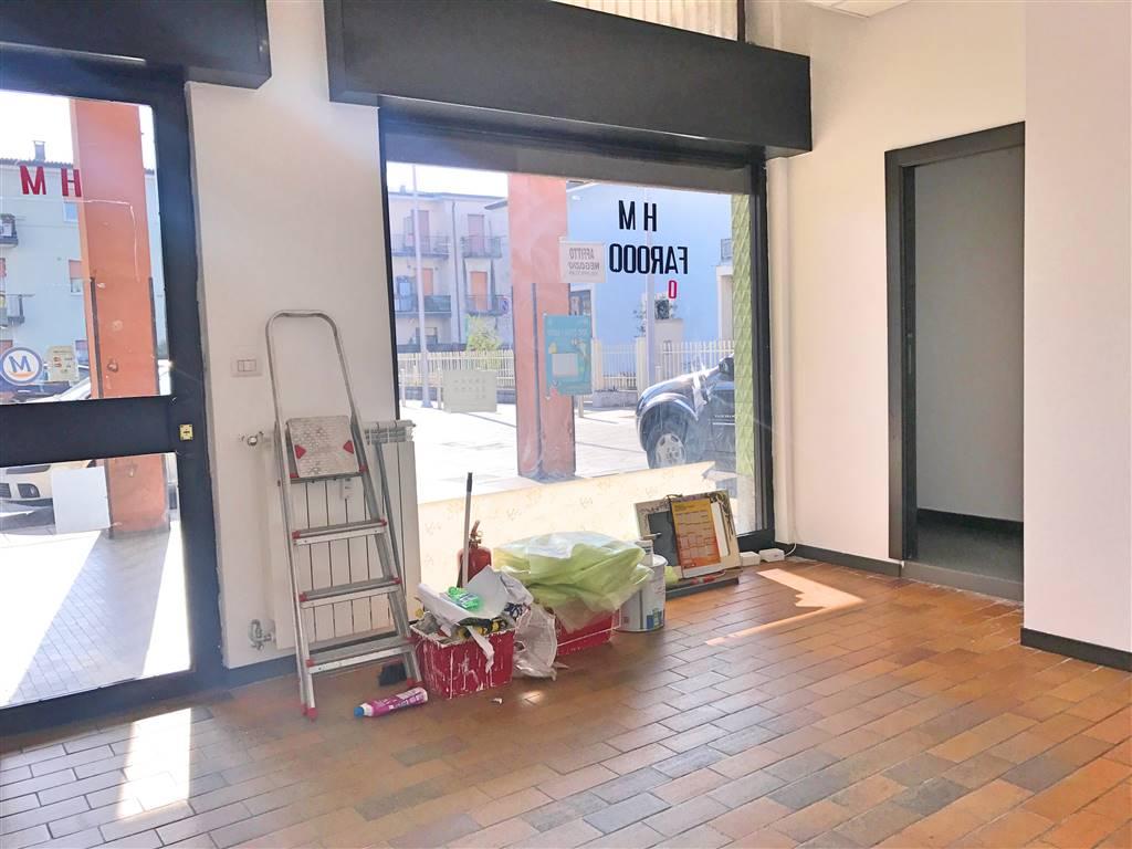 Attività commerciale Bilocale in Affitto a Brescia