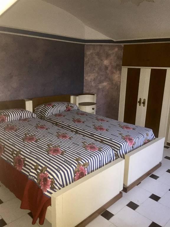 Appartamento in vendita a Cava de' Tirreni, 3 locali, zona Località: ANNUNZIATA, prezzo € 95.000 | CambioCasa.it