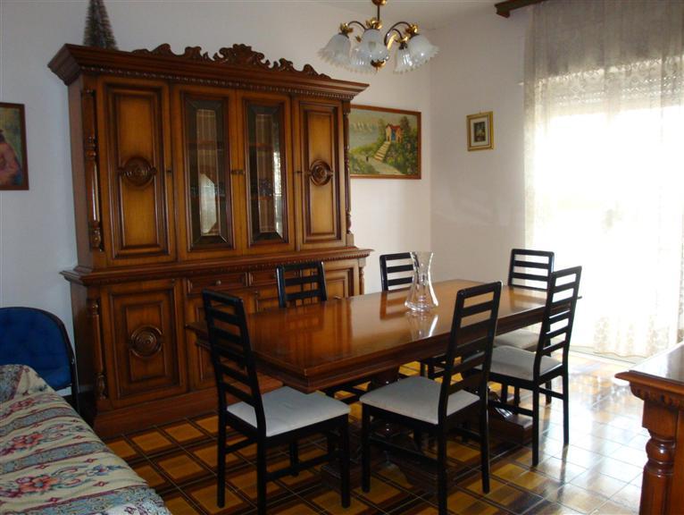 Appartamento in vendita a San Severo, 4 locali, prezzo € 89.000 | CambioCasa.it