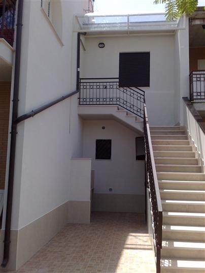 Villa a schiera, Campomarino, ristrutturata