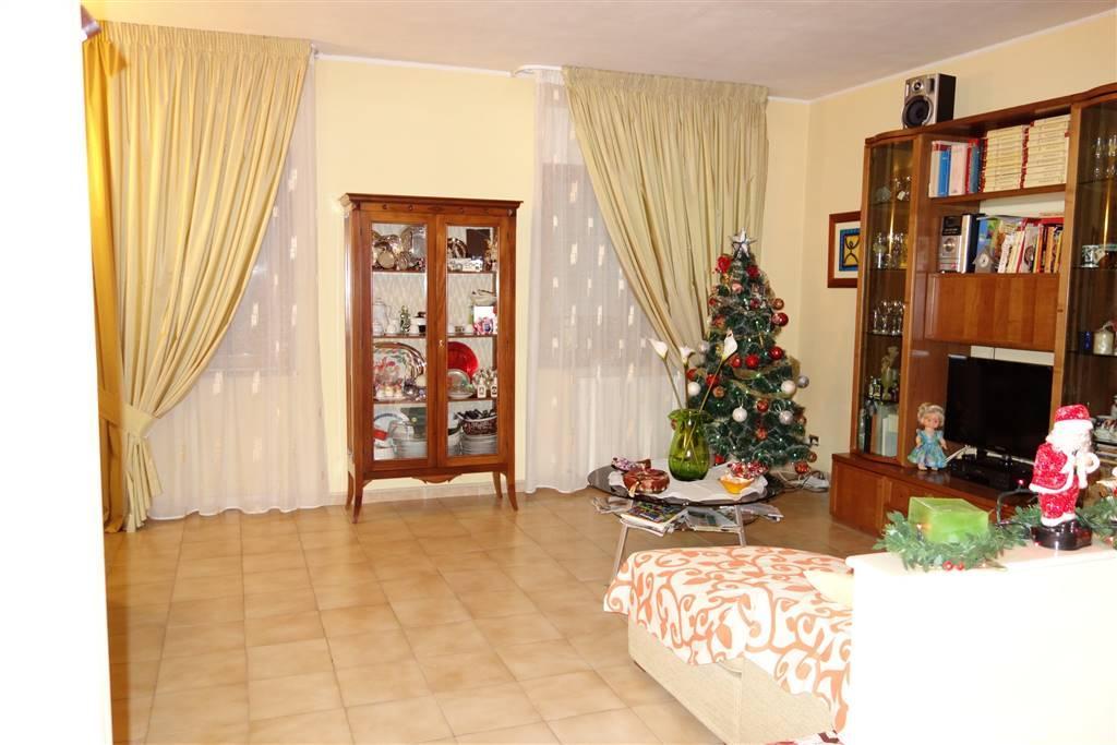 Appartamento in vendita a San Severo, 3 locali, prezzo € 149.000 | CambioCasa.it