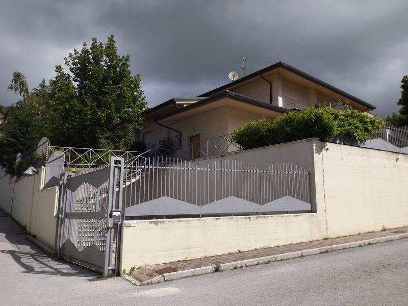 Villa-Villetta Affitto Potenza