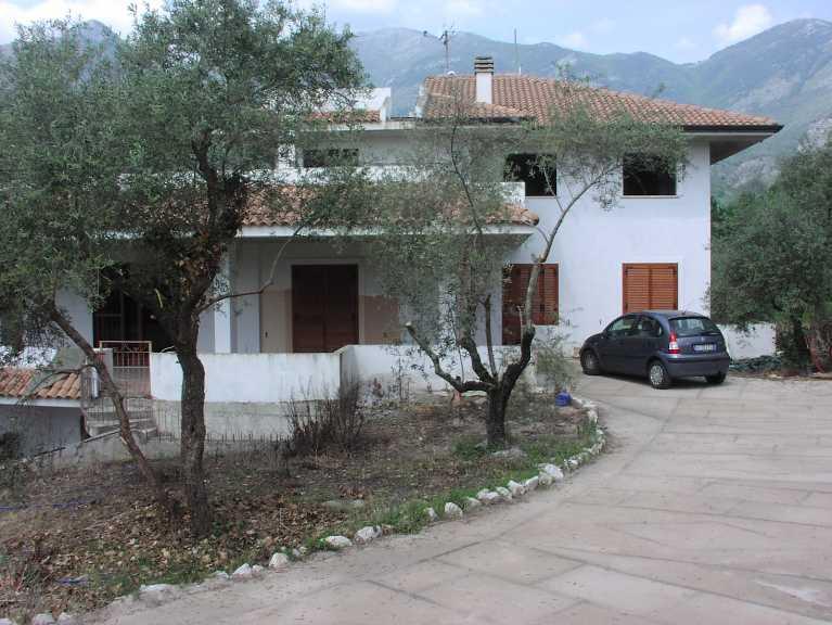 Villa in Via Zangrilli, Spigno Saturnia