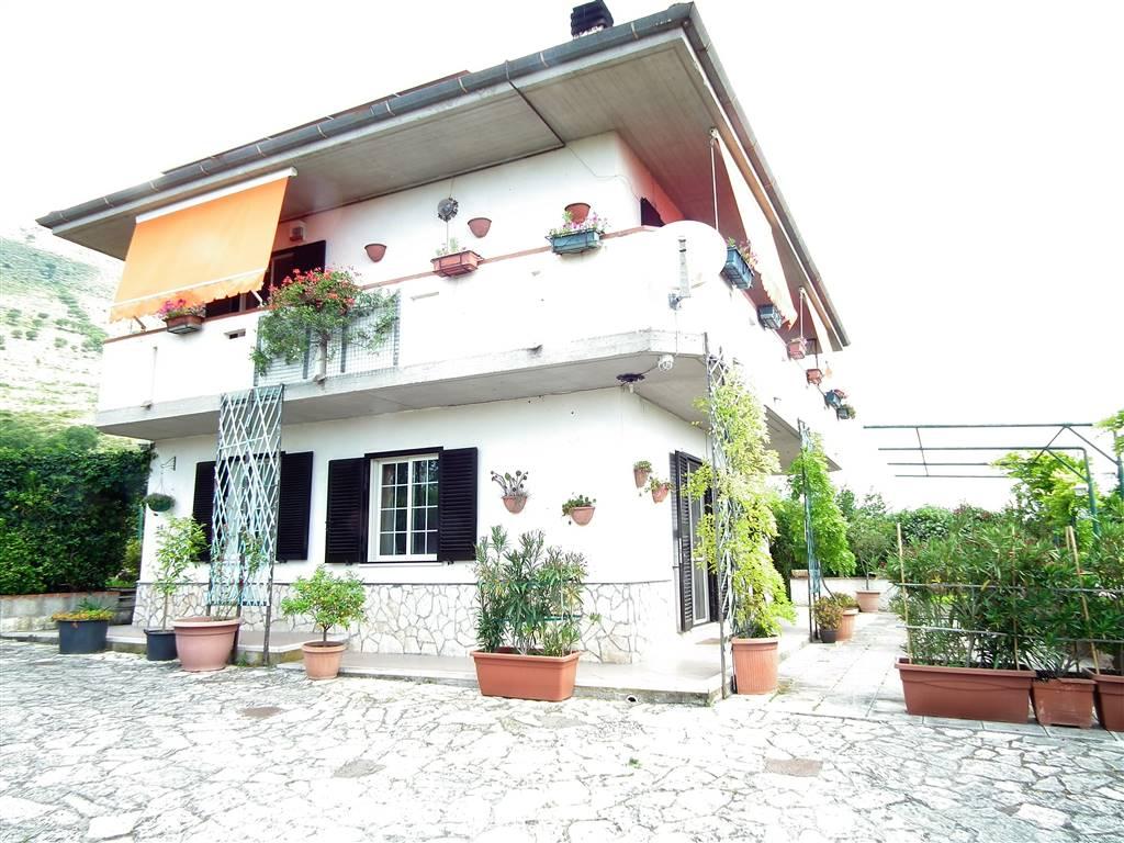 Villa, Spigno Saturnia, in ottime condizioni