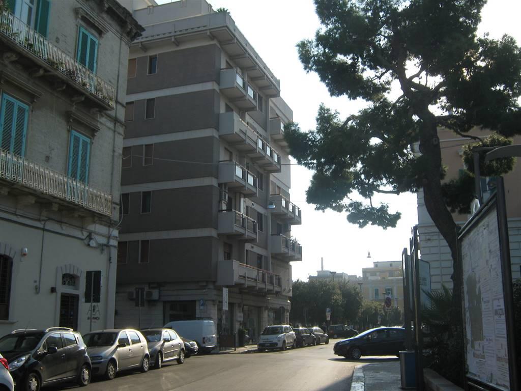 Attività / Licenza in affitto a Monopoli, 9999 locali, prezzo € 2.200 | Cambio Casa.it