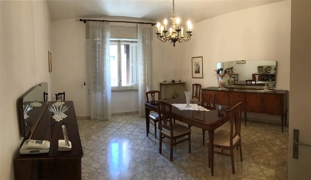 Appartamento in affitto a Monopoli, 4 locali, prezzo € 600 | CambioCasa.it