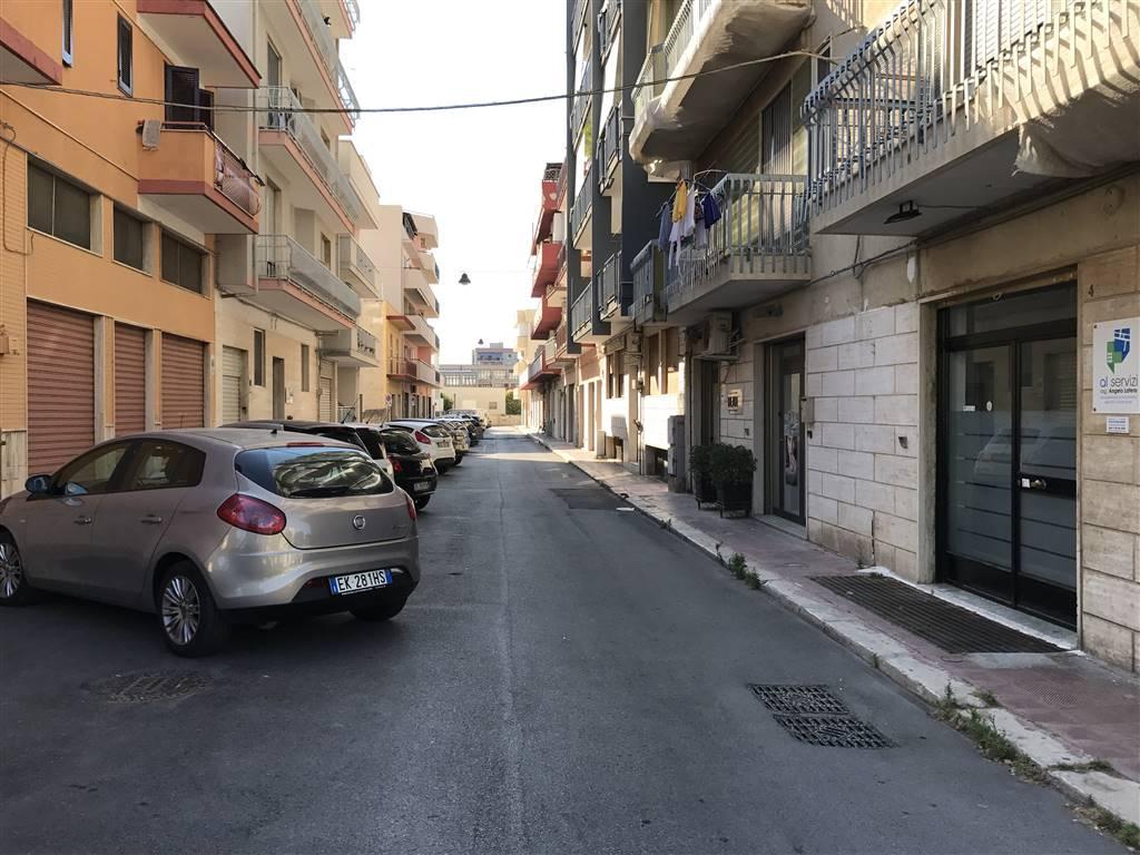 Negozio / Locale in vendita a Monopoli, 2 locali, prezzo € 65.000 | Cambio Casa.it