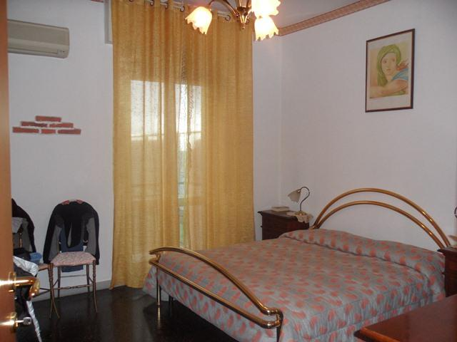 Appartamento in vendita a Vado Ligure, 3 locali, zona Località: CENTRO, prezzo € 160.000 | Cambio Casa.it