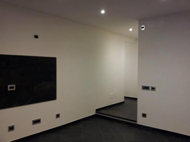 Appartamento in vendita a Savona, 1 locali, zona Zona: Villetta, prezzo € 145.000   Cambio Casa.it
