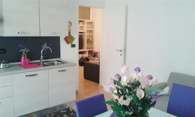 Appartamento in vendita a Quiliano, 4 locali, zona Zona: Valleggia, prezzo € 150.000   Cambio Casa.it