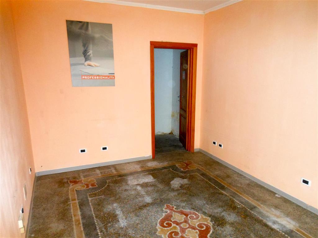 Attività / Licenza in affitto a Savona, 1 locali, zona Zona: LeginoZinola, prezzo € 600 | Cambio Casa.it