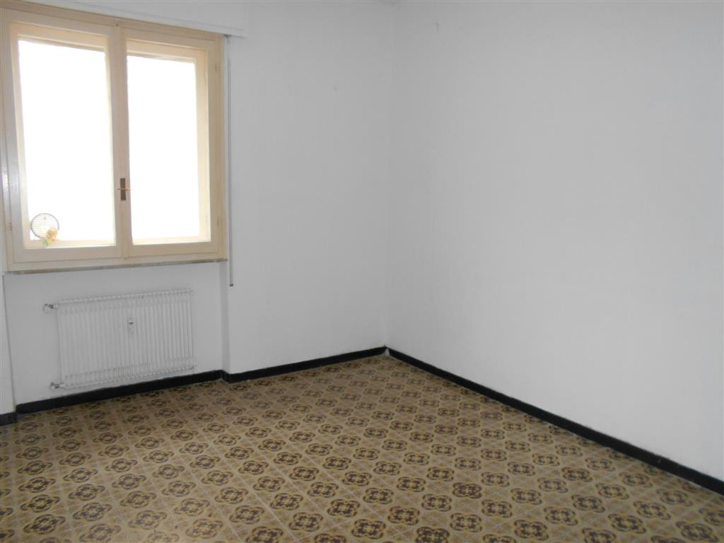 Soluzione Indipendente in affitto a Quiliano, 3 locali, zona Zona: Valleggia, prezzo € 500   Cambio Casa.it