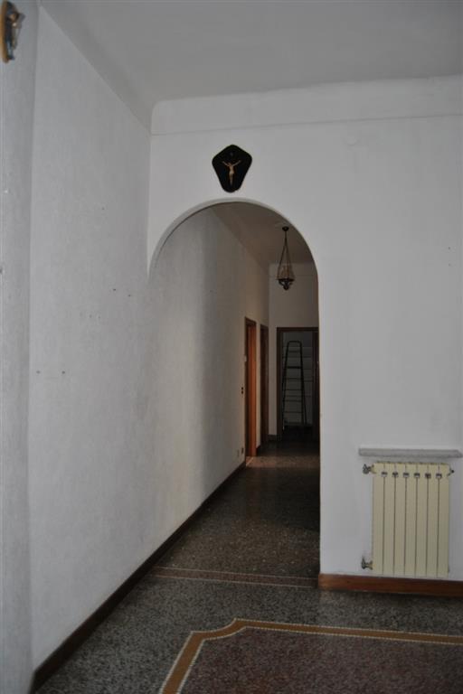 Appartamento in vendita a Savona, 5 locali, zona Zona: Villapiana, prezzo € 150.000 | Cambio Casa.it