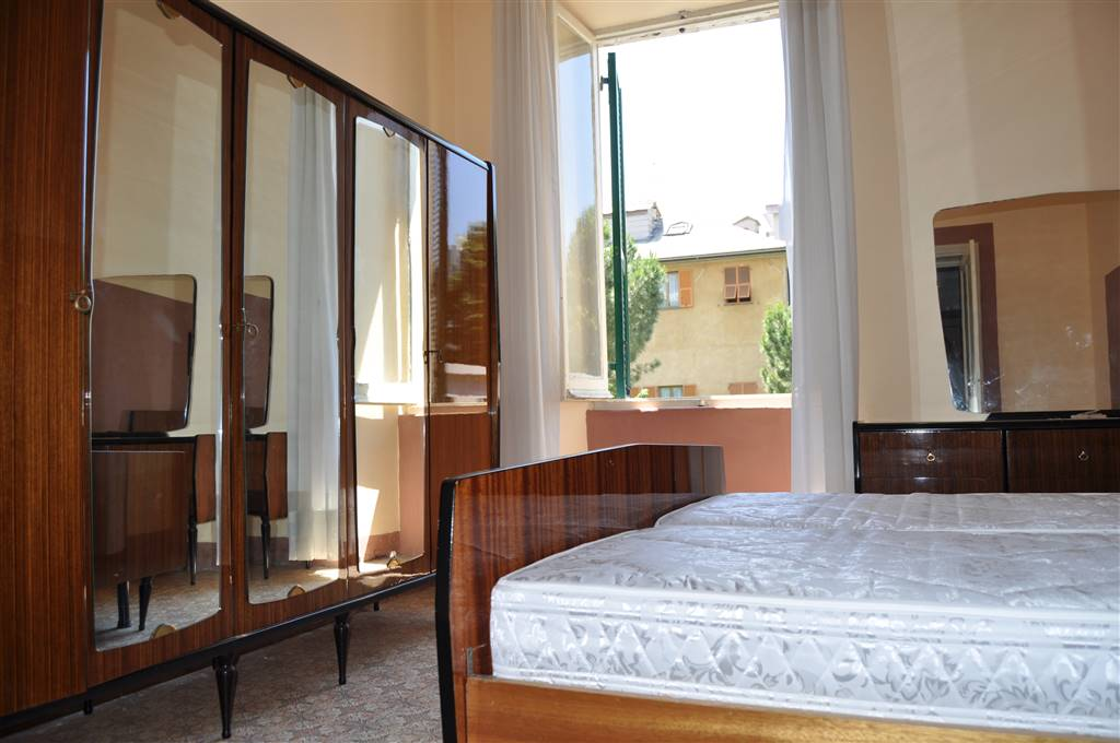 Appartamento in vendita a Savona, 3 locali, zona Zona: S. Rita , prezzo € 100.000 | Cambio Casa.it