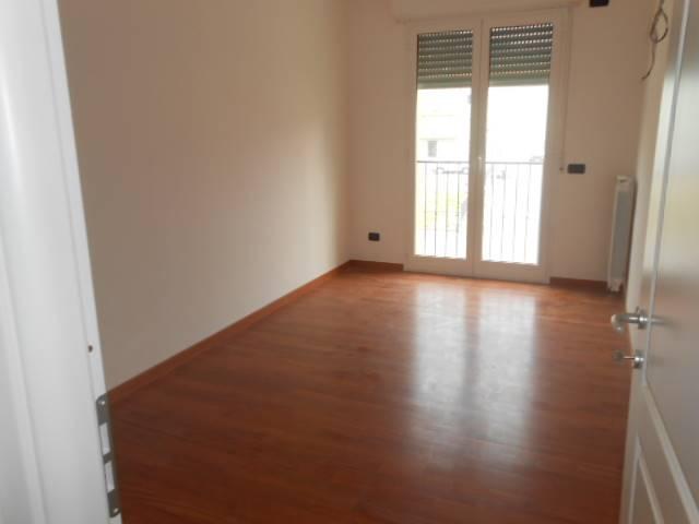 Appartamento in vendita a Vado Ligure, 5 locali, zona Località: VALLE DI VADO, prezzo € 270.000   Cambio Casa.it